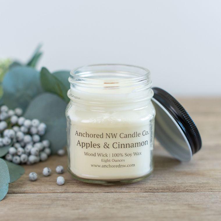 Mason Jar Soy Candle - Apples & Cinnamon (8 oz.)