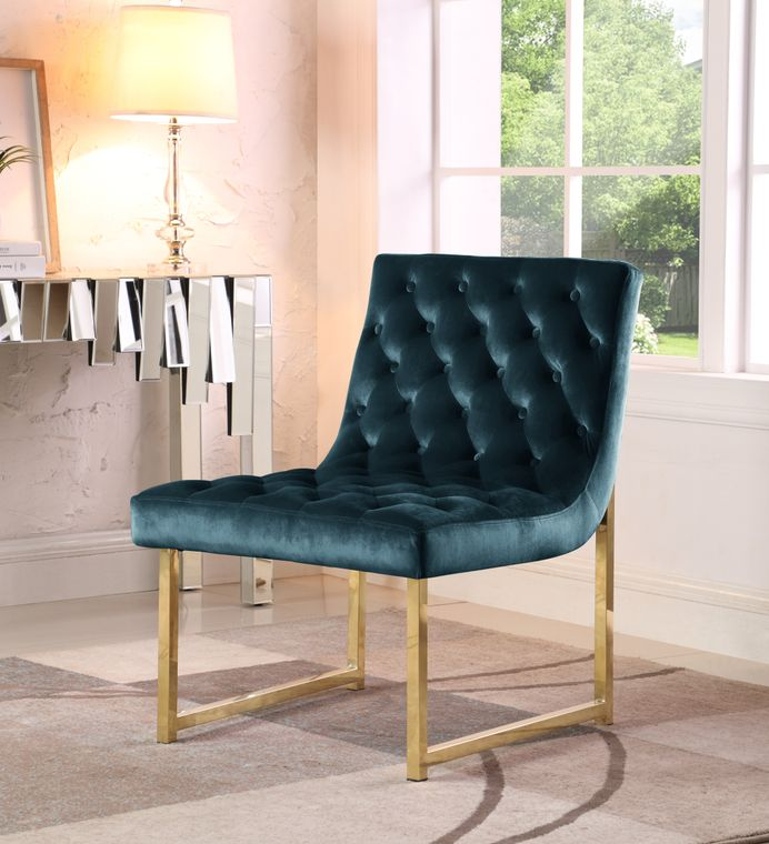 Anglica tufted accent chair