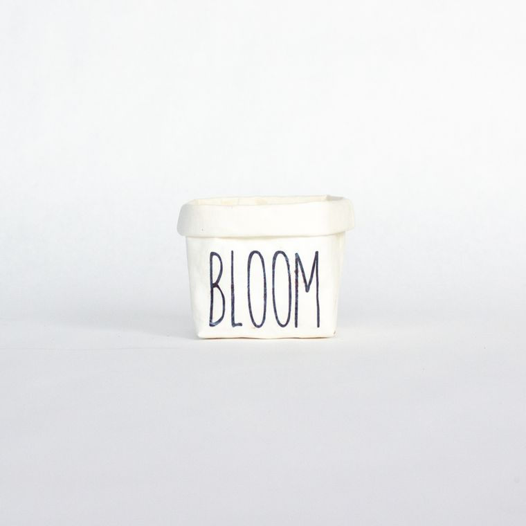 Bloom Mini Tiered Tray Paper Leather Pot